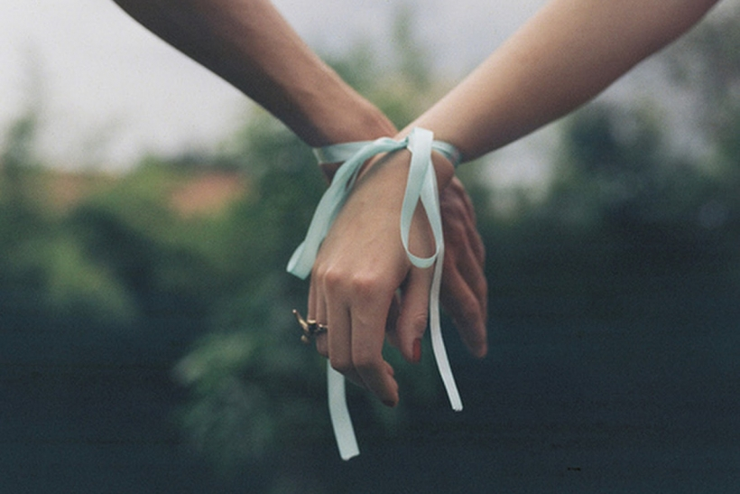 Οι χαλαρές σχέσεις προκύπτουν από χαλαρά συναισθήματα