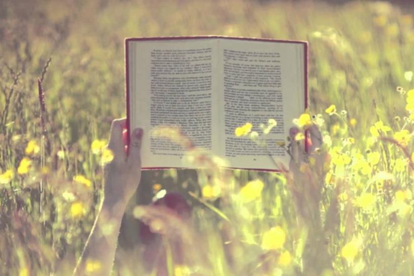 «Διαβάζω για τους άλλους»