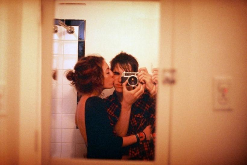 Στην αρχή ενός έρωτα μας τρώει η αμηχανία και το άγχος