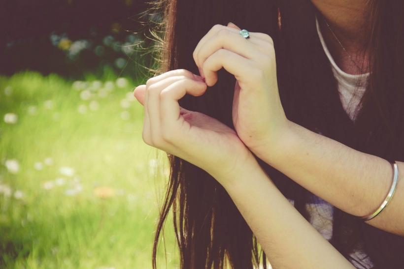 Ένας άνθρωπος αξίζει όσο αυτό που αγαπάει
