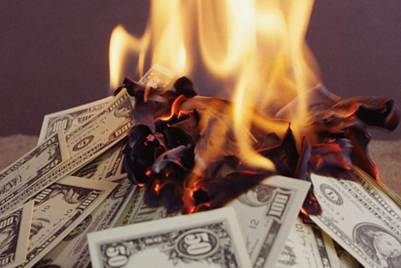 Είναι ανόητο να σκας χοντρά λεφτά σε ακριβά κι επώνυμα προϊόντα