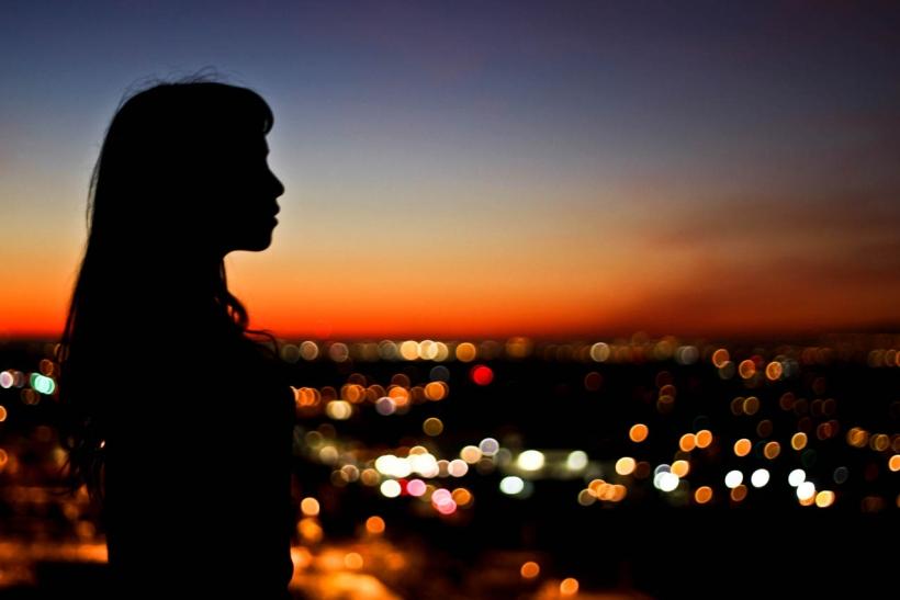 Η νύχτα θέλει να αγαπιέται
