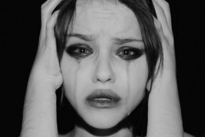 Η ευφυΐα οδηγεί στη δυστυχία