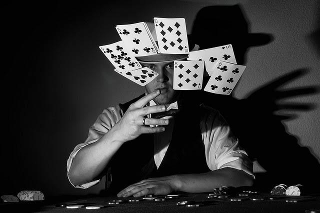 Κάθε καψούρα και μια παρτίδα poker