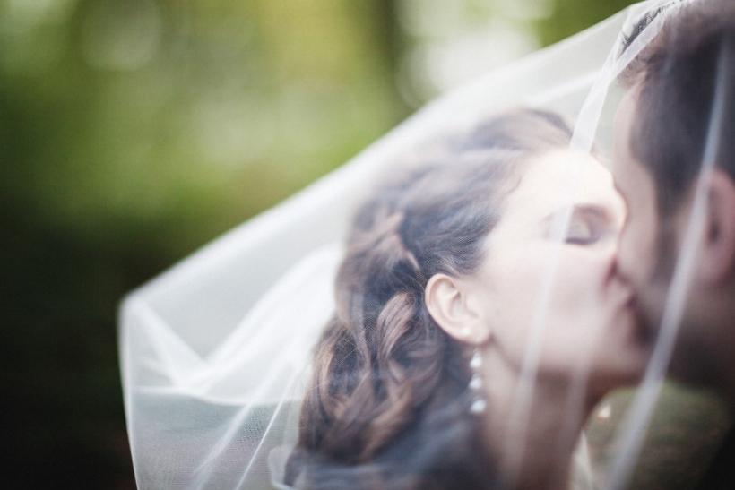 Γάμος αστραπή δε σημαίνει απαραίτητα και διαζύγιο αστραπή