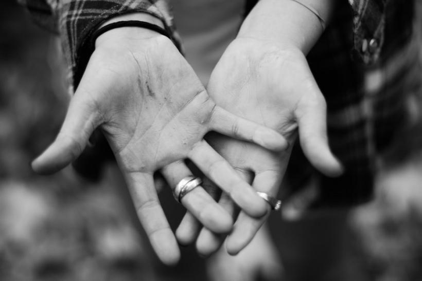 Κανείς μας δεν μπορεί και δε δικαιούται να κρίνει ένα διαζύγιο