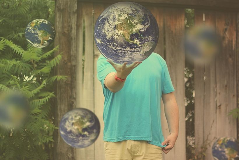 Ο πλανήτης της φιλίας κι η ευτυχία που φέρνει