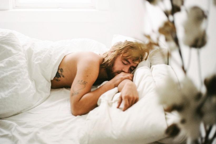 να βγαίνω με την πρώτη φορά που κοιμάμαι μαζί online dating Νάβι Μουμπάι