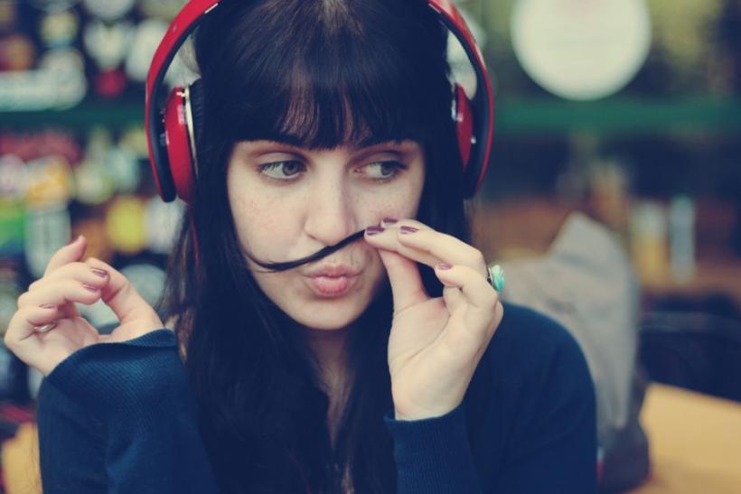 Δύο ακουστικά στ' αυτιά κι όλα λύνονται
