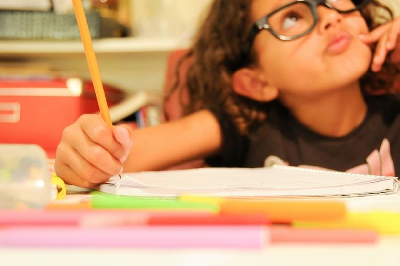 «Ξέχασα το τετράδιο σπίτι» το μεγαλύτερο ψέμα των σχολικών μας χρόνων