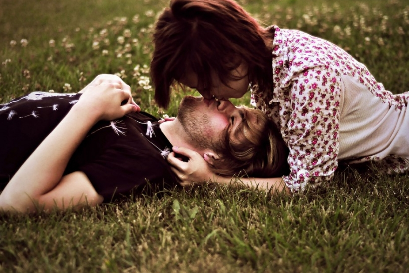 Ερωτευόμαστε τον ίδιο άνθρωπο όλο και πιο πολύ