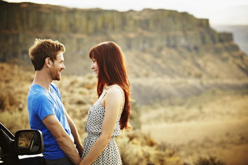 Τ' απογεύματα δένουν τα ζευγάρια, όχι τα ξημερώματα