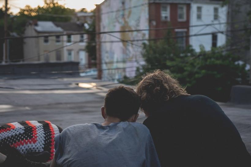 Τα ετεροθαλή αδέλφια είναι πιο αγαπημένα κι απ' τα πραγματικά