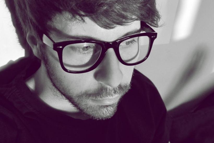 Έχουμε κόλλημα με αυτούς που φοράνε γυαλιά