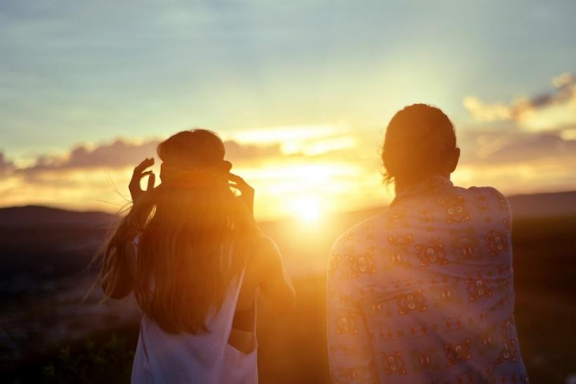 Η γυναίκα ερωτεύεται όταν νιώθει καλά με τον εαυτό της