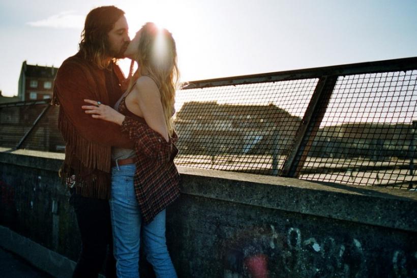 Το «με καυλώνεις» είναι πιο ειλικρινές απ' το «σ' αγαπώ»