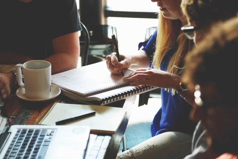 Είναι πιο δημιουργικό να δουλεύεις σε ομάδα κι όχι μόνος
