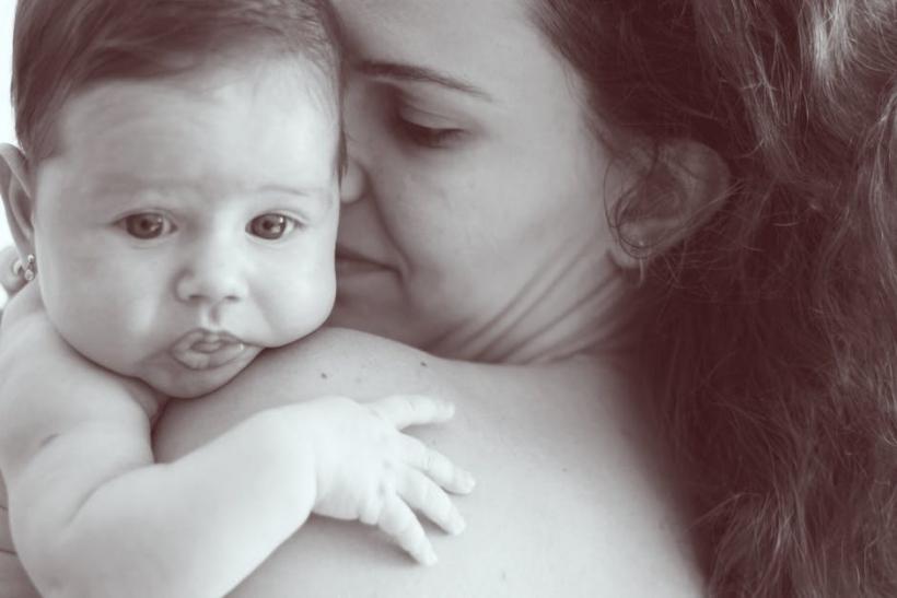 Όσες έγιναν μητέρες από εξωσωματική γονιμοποίηση είναι το ίδιο υπέροχες