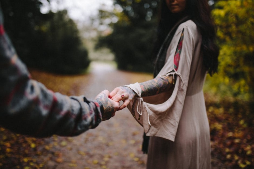 Ο έρωτας δε θέλει σκέψη αλλά πράξεις στο εδώ και στο τώρα