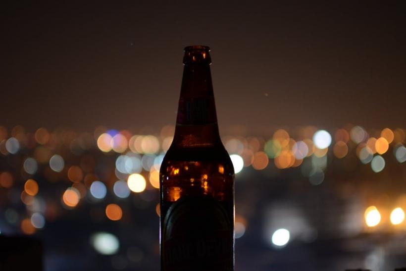 Καλοκαιρινές βραδιές με φίλους κι άραγμα στη βεράντα
