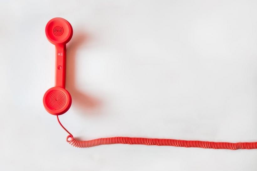 Αν βγαίνεις με κάποιον και παίρνεις αυτό το τηλεφώνημα
