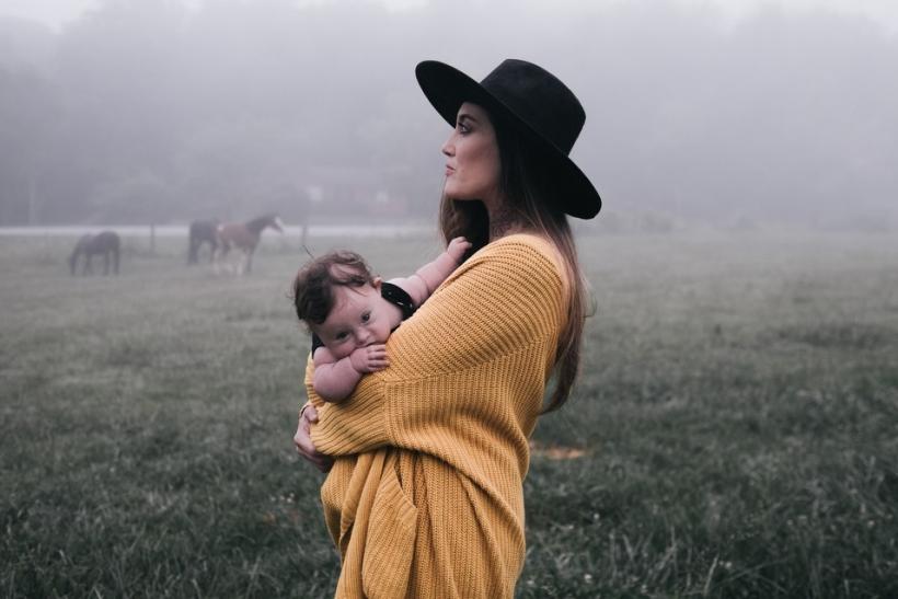 Τι πραγματικά σημαίνει η λέξη «μητέρα»;