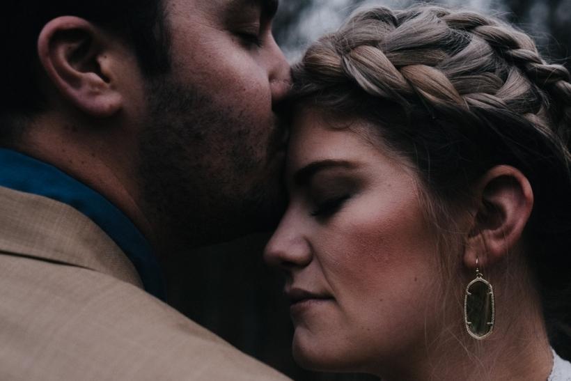 Στις μακροχρόνιες σχέσεις αναρωτιέσαι αν αγαπάς από έρωτα ή από συνήθεια