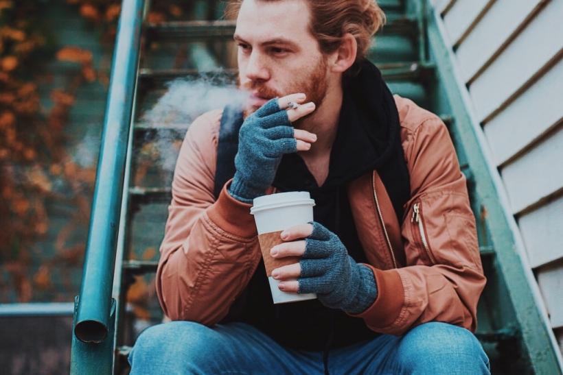 Ένα απόγευμα, μια βεράντα κι ένας καφές η συνταγή της ευτυχίας