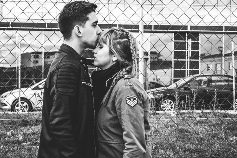 Κάθε όμορφη ερωτική ιστορία αρχίζει με ένα θαρραλέο πρώτο βήμα