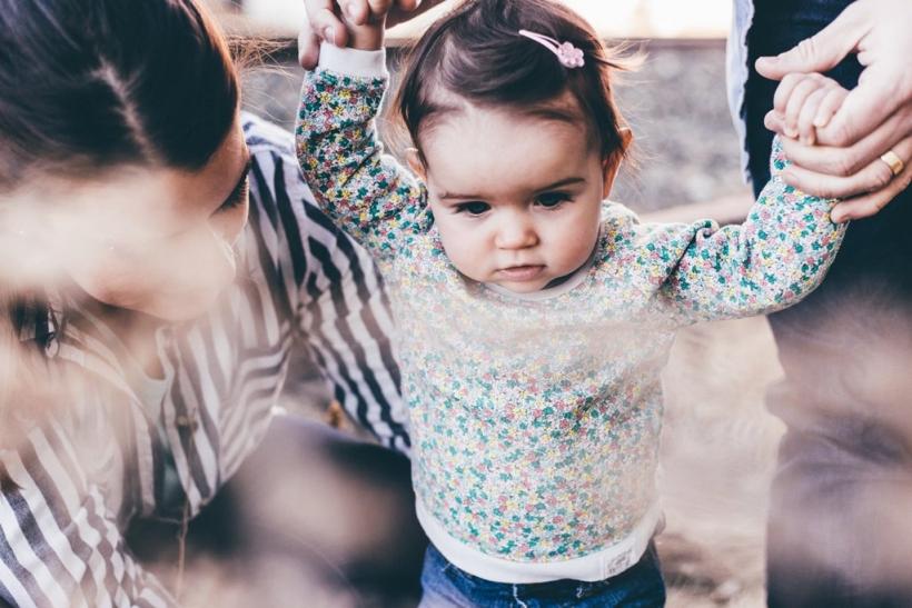 Ο ερχομός ενός παιδιού δένει ή χωρίζει το ζευγάρι