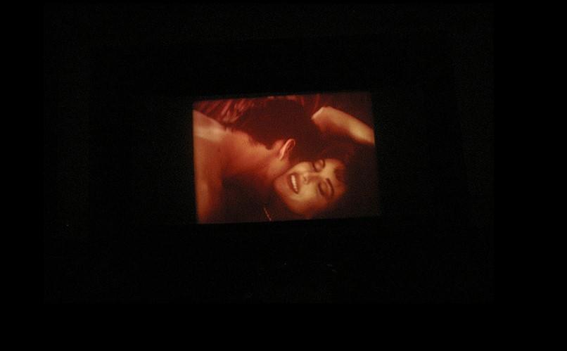 Οι ακατάλληλες ταινίες με το κατάλληλο άτομο απογειώνουν την ηδονή