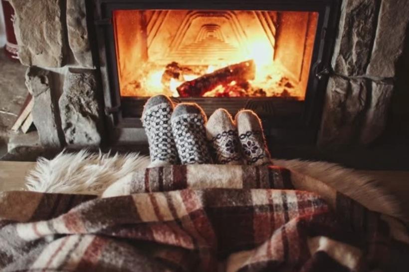 O χειμώνας θέλει κουβέρτα κι αγκαλιά