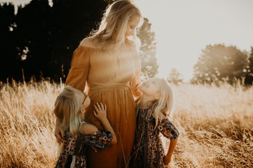 Όσο και να μεγαλώσεις πάντα θα παίρνεις τη μάνα σου για να γκρινιάξεις