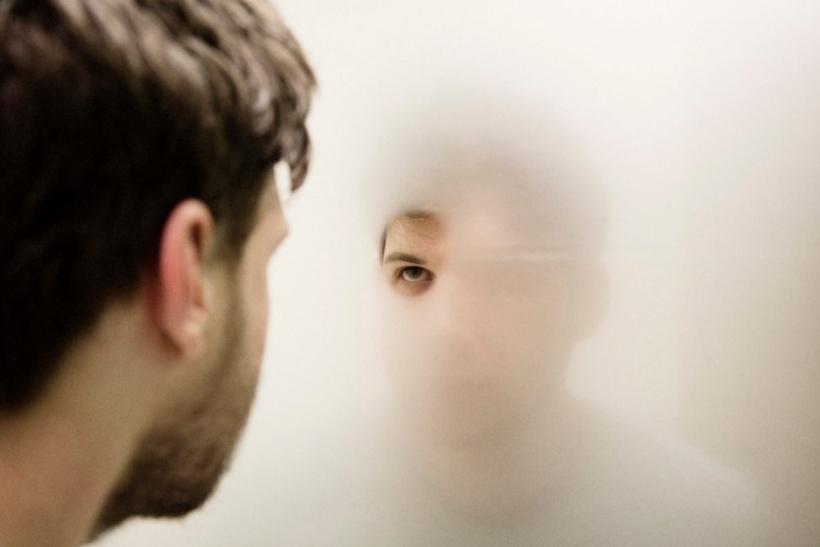 Όλοι νιώθουν άβολα όταν τους λες αλήθειες για τον εαυτό τους