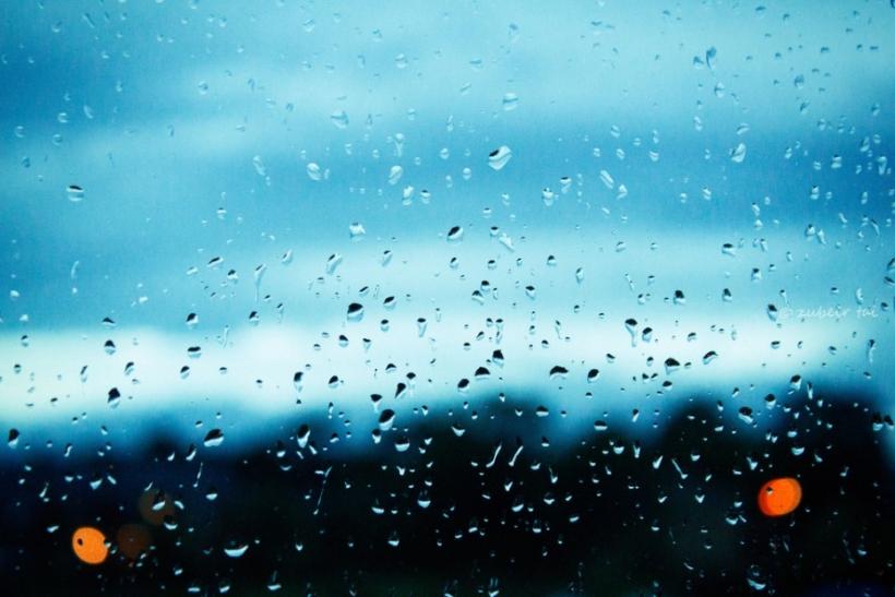Αυτή η βροχή έχει κάτι από σένα