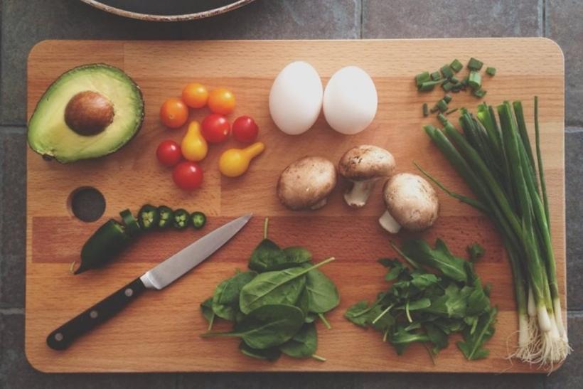 Γουστάρουμε να μαγειρεύουμε για φίλους κι αγαπημένους