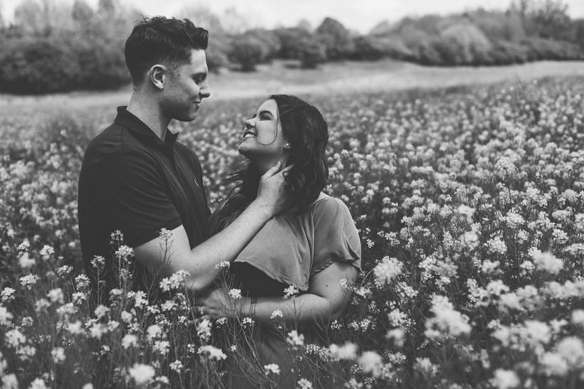 Στα μάτια σου βρήκα όσα νόμιζα πως είχα χάσει