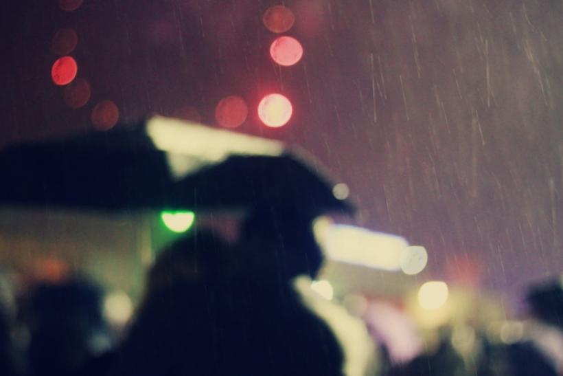 Η βροχή είναι η επιτομή του ερωτισμού