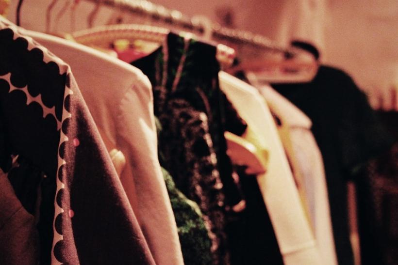 Tα ρούχα των άλλων μας πάνε περισσότερο απ' τα δικά μας