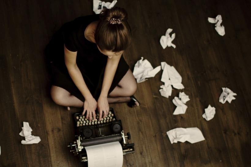 Γράφουμε για να κρατάμε τα λογικά μας