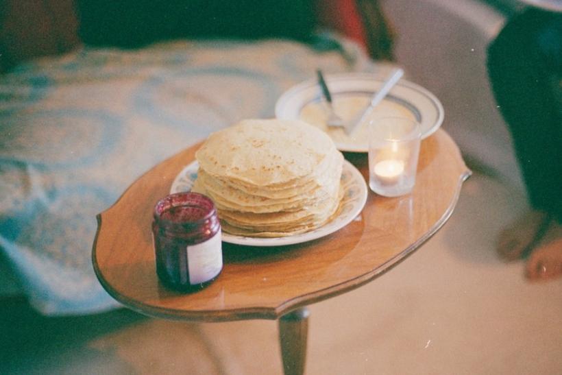 Πρωινό στο κρεβάτι κι άλλες μικρές και μεγάλες κινήσεις αγάπης