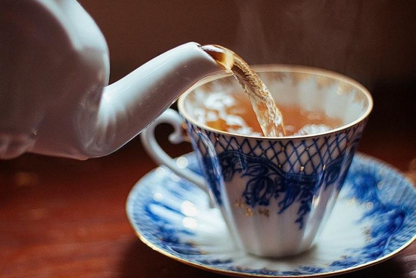 Εσείς καφέ, εμείς τσάι!
