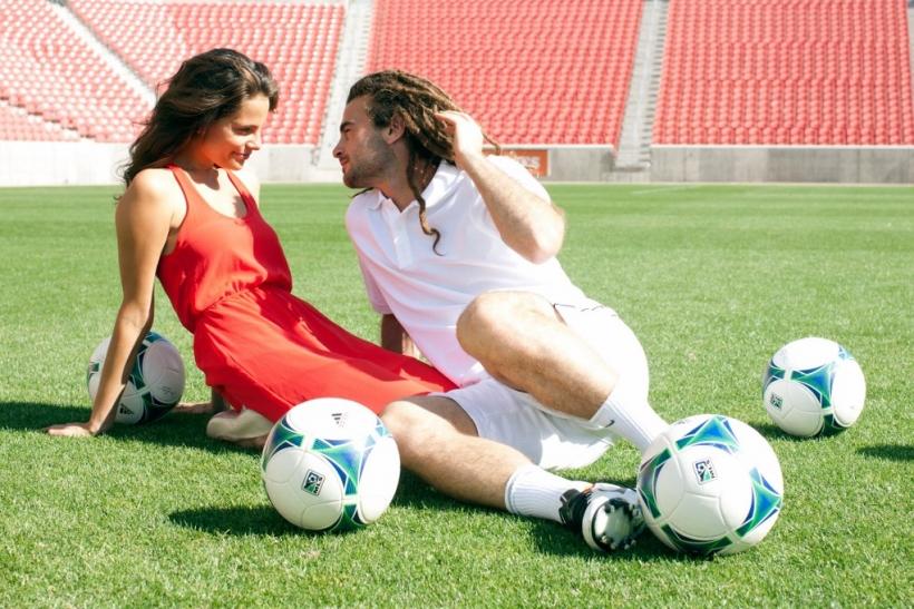 Παίξε μπάλα, αγάπη μου!