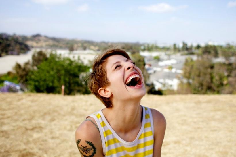 Χιούμορ: ένδειξη ευφυΐας, όχι ευτυχίας
