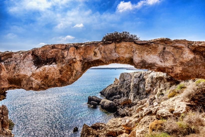 Κύπρος, όμορφη και παράξενη πατρίδα
