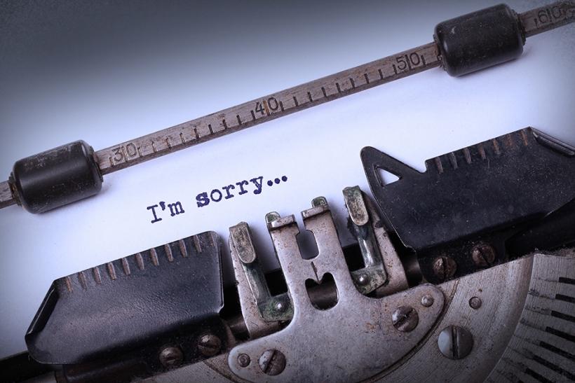 """Το """"sorry"""" δε θα γίνει ποτέ «συγγνώμη» και το «κι εγώ» ποτέ «σ' αγαπώ»"""