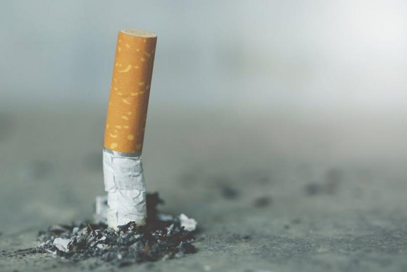 Εμείς καπνίζουμε, οι άλλοι τι μας φταίνε;