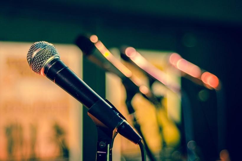 Λατρεύουμε τους stand up comedians