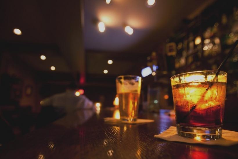 Μιλάω σε αγνώστους στα μπαρ για σένα