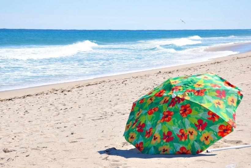 Οι διακοπές με το σόι πρέπει να απαγορεύονται μετά τα 18